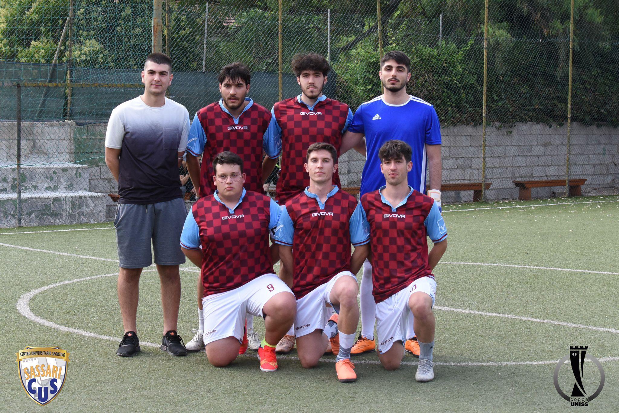 """Torneo Tutto in una notte calcetto """"All Night"""": trionfa il Vamos Equipo"""
